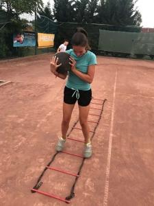 Gilice Tenisz Suli